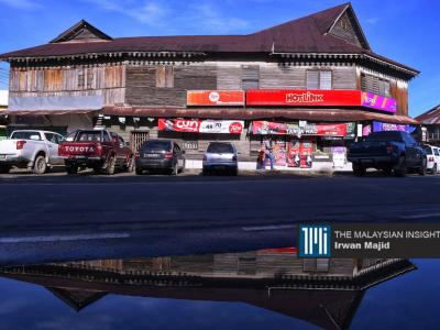 Bongawan in the parliamentary constituency of Kimanis is a small town in the west coast of Sabah. Its main attractions are its colonial British wooden shophouses built in 1922 and after the war in1950. – The Malaysian Insight pic by Irwan Majid, January 11, 2020.