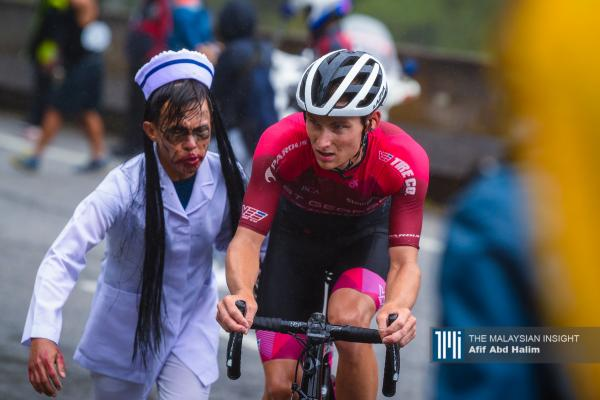 Rivera becomes LTDL's first Costa Rican stage winner, Celano takes yellow.