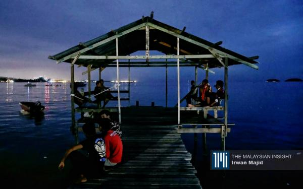 Hard times befall Pulau Gaya boat operators