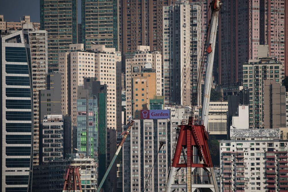 经济学人智库早前发表的《2018年全球生活成本调查》,香港人的生活成本是亚洲第二。(图:欧新社)