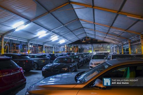 停业每月亏2万至8万不等   车商复工仍在观望