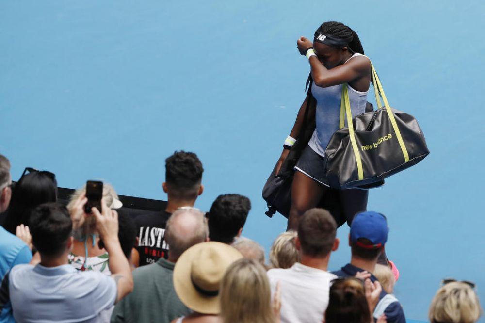 Coco Gauff stuns title-holder Osaka at Australian Open