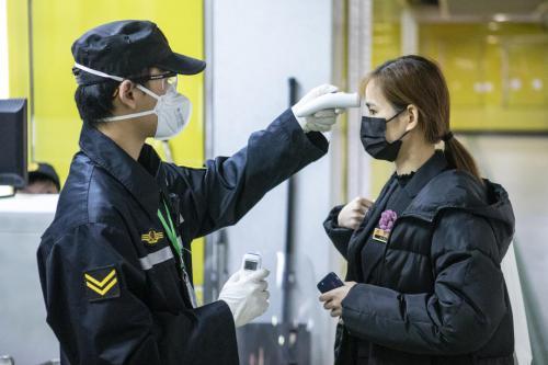 新冠肺炎中国累计确诊7.4万宗 香港再多1人死亡