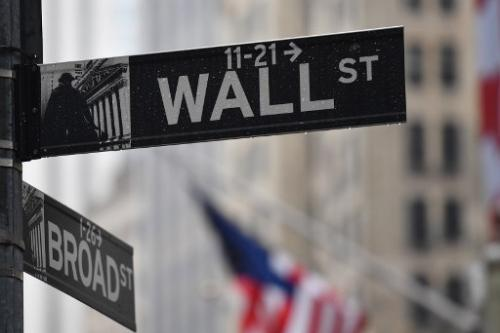 Asian markets extend Wall St losses