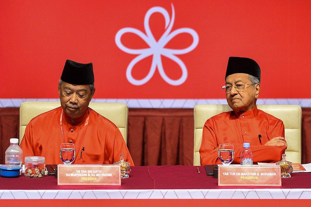 尽管土团党如今领导国盟政府,但这个马来政党正在面对内忧外患,其未来的命运亦笼罩着多重不明朗因素。(档案照:透视大马)