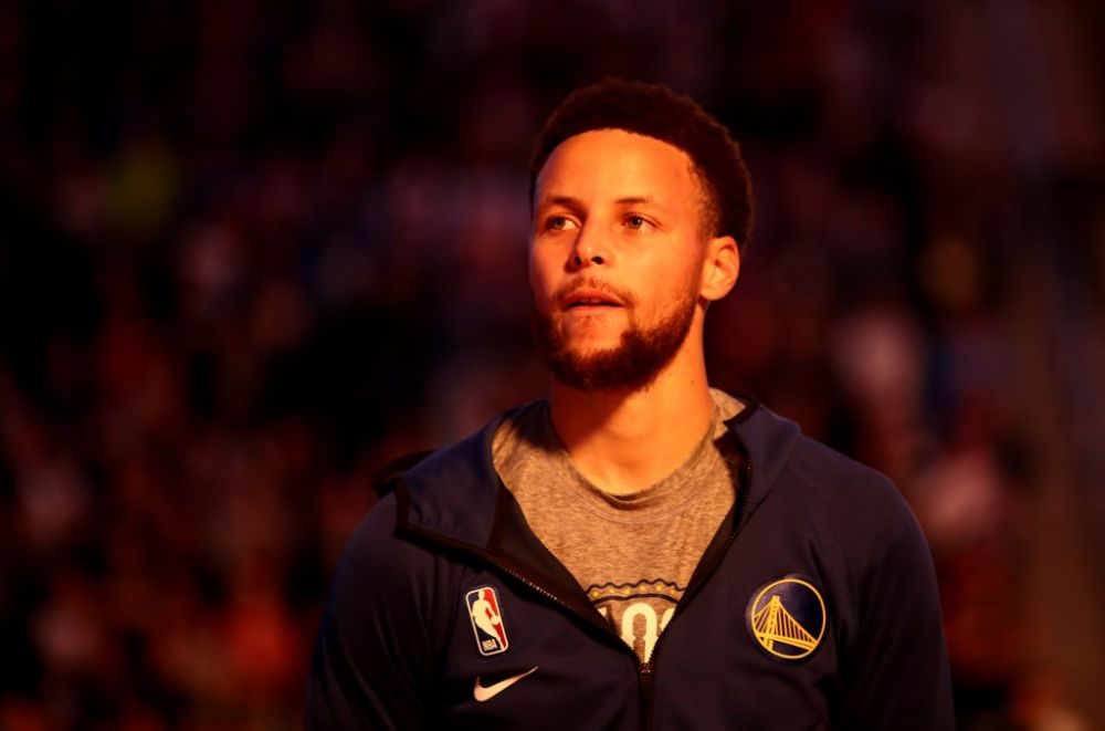Warriors pair Curry, Thompson take part in Oakland protest