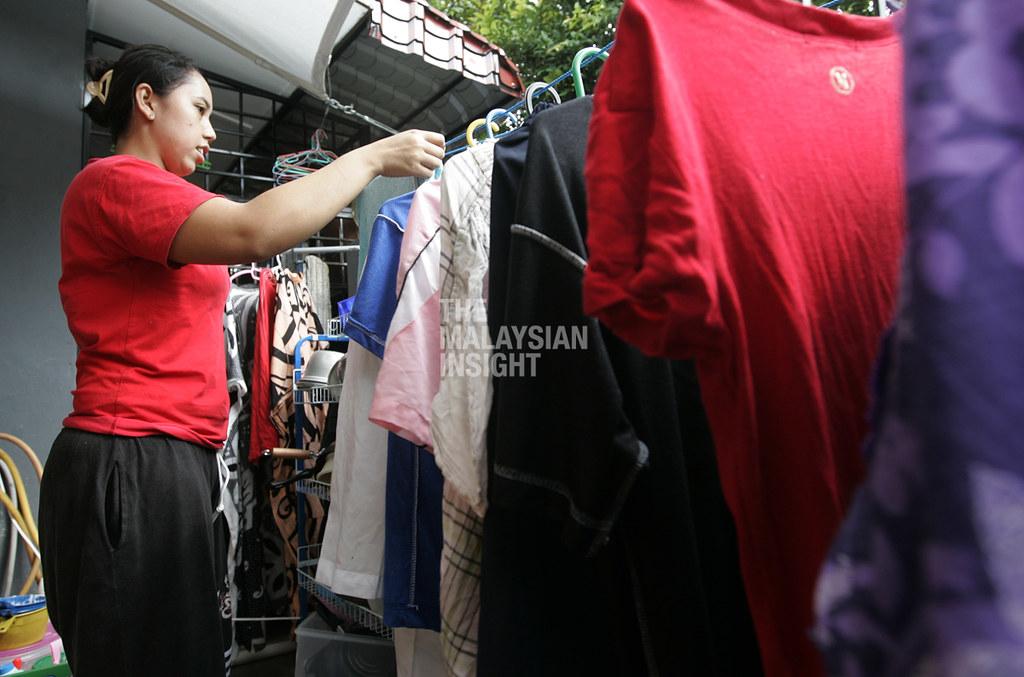新加坡就业机构协会宣布高达2000名家庭工可望在近期抵达,附带条件是出发前必须在原居国数度检测并于特定设施隔离14天,入境新加坡之后再居家隔离14天,所有费用由雇主缴付。(档案照:透视大马)