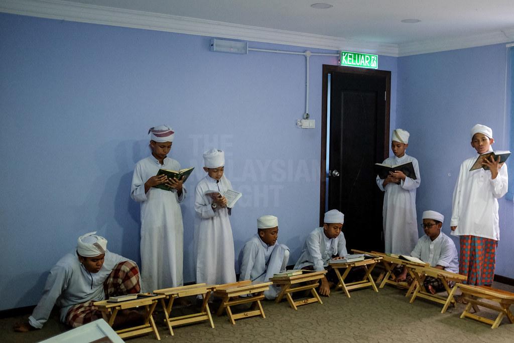 阿兹米指出,本周连续发生2起宗教学校火灾事件,反映管理层仍未完全遵守安全条例。(档案照:透视大马)