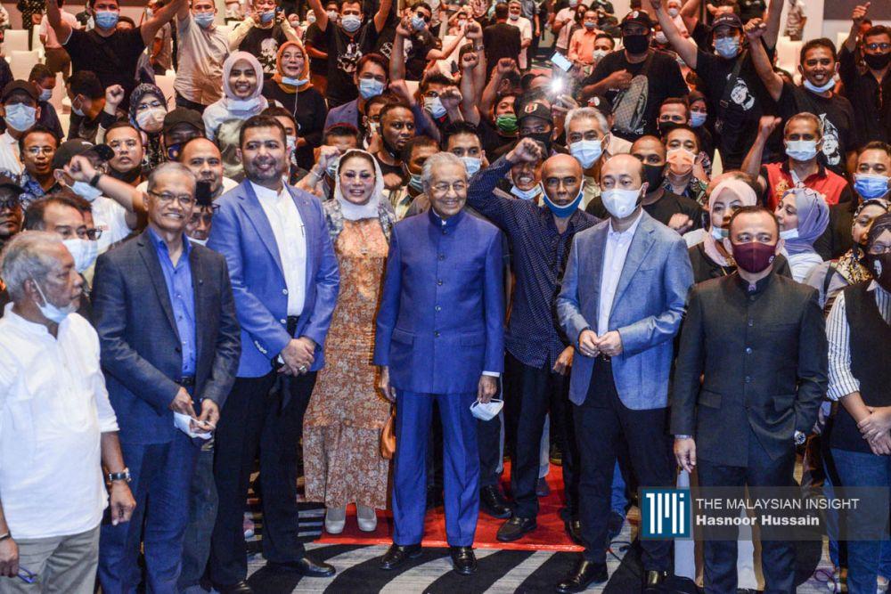 """政治分析员说,在目前马来政党林立下,马哈迪的新党面对""""打硬仗""""的情况,除非选择与希盟合作。(档案照:透视大马)"""