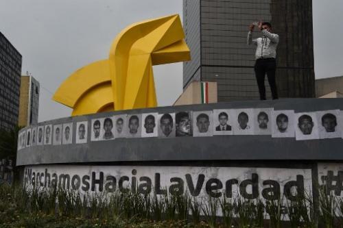 Kehilangan 43 pelajar, Mexico arah tangkapan anggota tentera