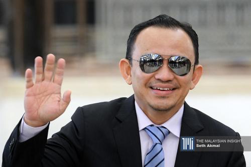 Maszlee usul gantung urusan kerajaan di Dewan Rakyat