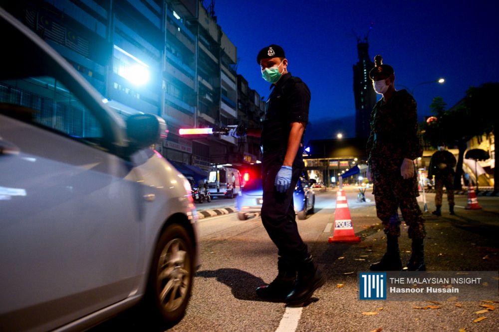 目前,雪兰莪、吉隆坡、柔佛、吉兰丹、槟城及砂拉越仍处于有条件限行令,禁止跨州。(档案照:透视大马)