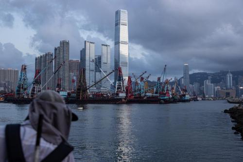 美商会42%受访企业考虑撤港   中国称调查未反映全貌