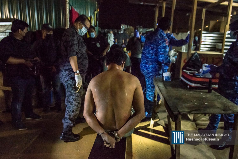 移民局此刻针对无证移民的大逮捕行动,对于解决人口贩运问题无所助力。(档案照:透视大马)
