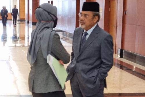 Tajuddin fined for not wearing mask in Parliament