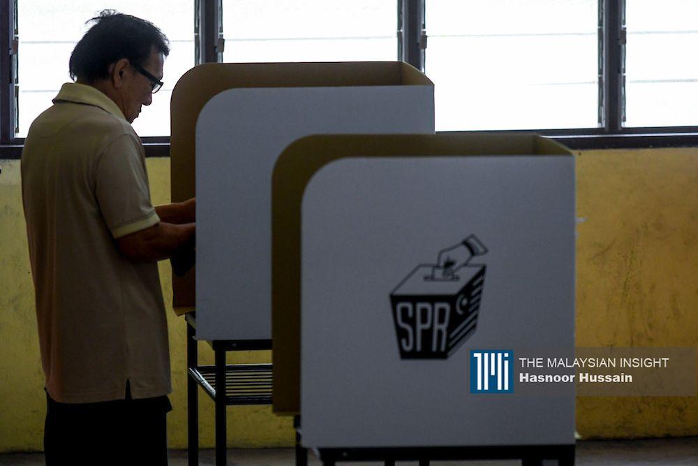 虽然有大量学术期刊和研究分析选民趋势现实,马来西亚人投票倾向是看政党不看候选人,不过候选人以自己的实力赢得议席也并非不可能。(档案照:透视大马)