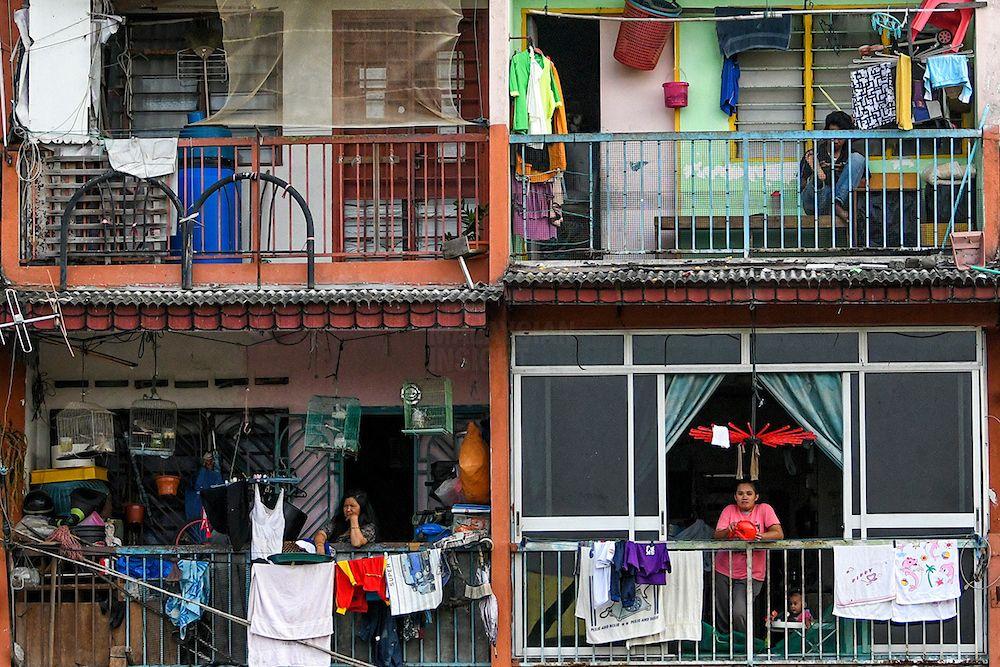 新冠肺炎来袭,导致低收入群体的生活陷入困境。(档案照:透视大马)