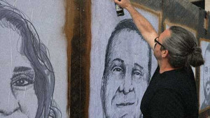 [WATCH] Artist memorialises Beirut blast victims with 204 portraits