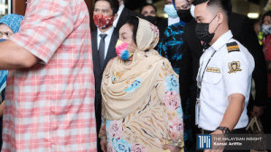 [WATCH] Rosmah emotionally upset, distressed over court decision, says lawyer