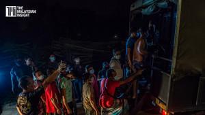 [VIDEO] Imigresen tahan 309 di Dengkil, Selangor